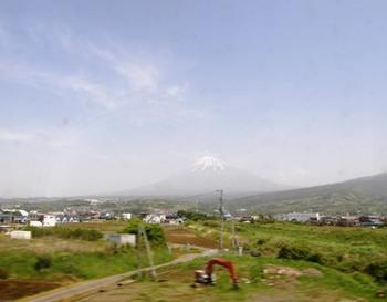 508-1 車窓より富士山.JPG
